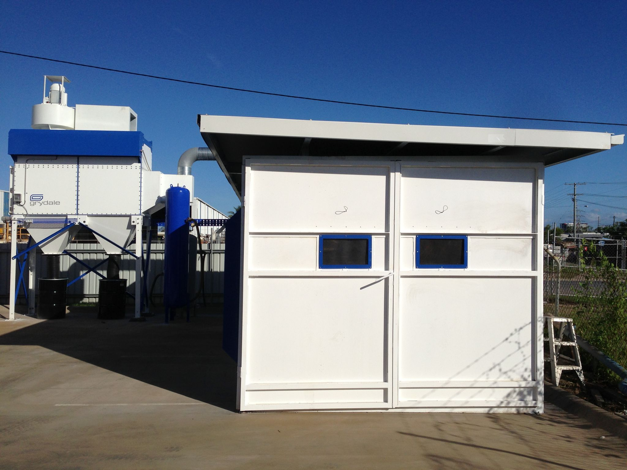 Grydale Dust Collector and Blast Booth