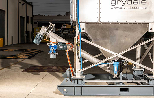 a key feature is the incline slurry auger