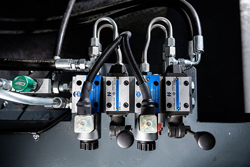 Twin Reversible Auger and Rotary Valve Controls